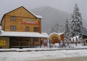 turi-hotel-dombay1